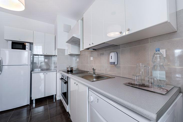 clear sink kitchen